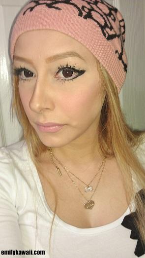 makeup with flash