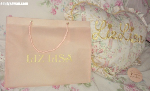 Liz Lisa Spring 2013 bag